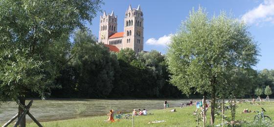 St. Maximilian & Isarwiesen, München